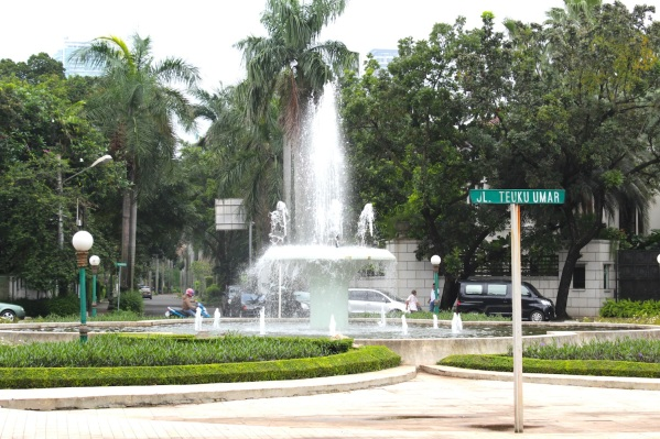 Fountain at Jalan Teuku Umar, Menteng.