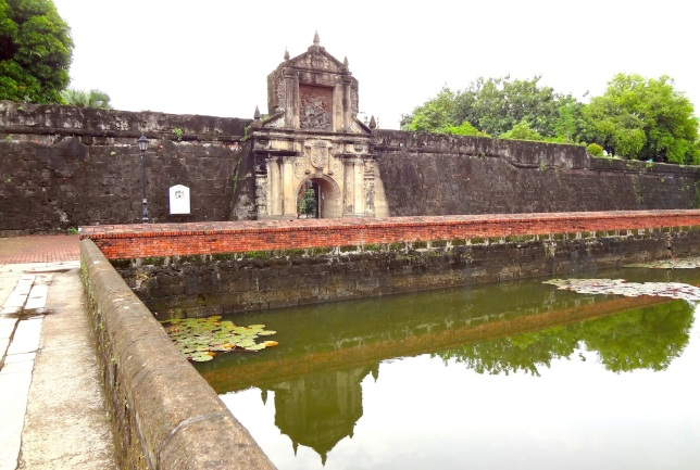 Fort Santiago, Intramuros.  This is a latter-day restoration of how the Fort entrance would've looked like in the Spanish Colonial era.