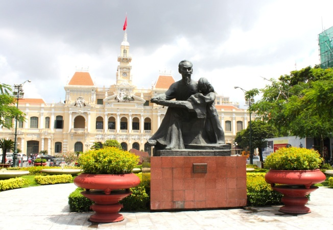 Statue of Comrade Ho before the former City Hall Building.