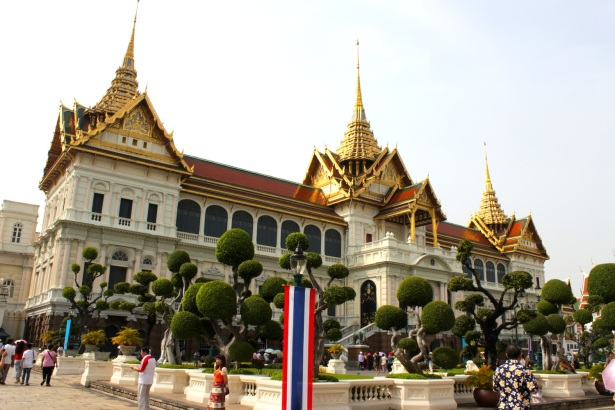 The Chakri Maha Prasat - the actual palace itself is essentially a European style building, with a Siamese-style roof.